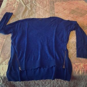 Express Women's Blue Long Sleeved Sweater
